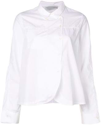 Closed chef-like shirt