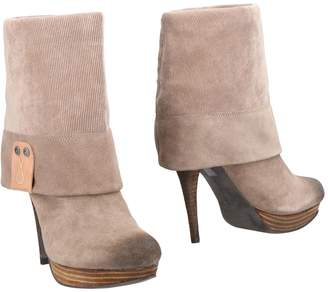 Calvin Klein Jeans Ankle boots - Item 11485254