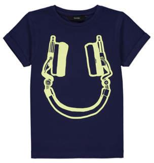 Headphone Print T-shirt