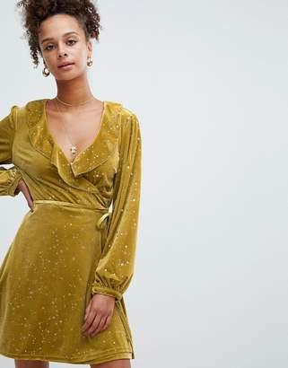 Glamorous velvet ruffle wrap dress in star print