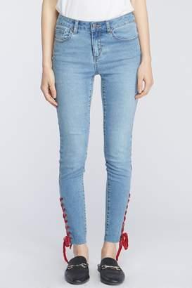 Velvet Heart Shaney Red velvet Lace hem skinny jean