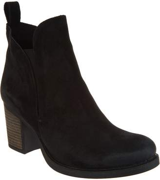 Bos. & Co. Water Resistent Suede Pull on Ankle Boots- Belfield