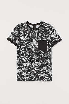 H&M Patterned Muscle Fit T-shirt - Black