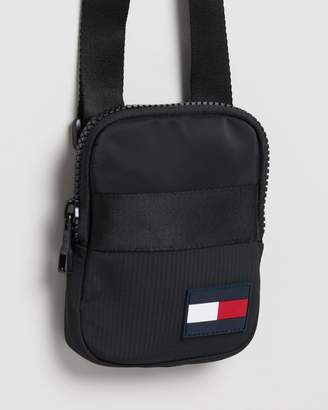 Tommy Hilfiger Sports Tape Compact Crossover
