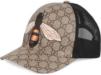 Gucci Bee print GG Supreme baseball hat