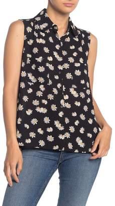Pleione Floral Scalloped Collar Sleeveless Blouse