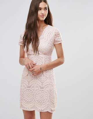 Darling Short Sleeve Lace Shift Dress