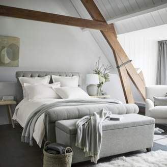 The White Company Aldwych Wool Scroll Bed