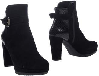 Andrea Morelli Ankle boots - Item 11302383PV