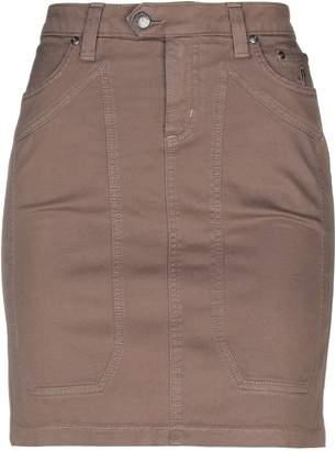 Jeckerson Knee length skirts