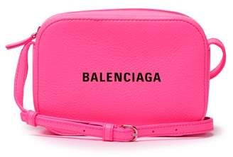 Balenciaga Everyday Xs Leather Cross Body Bag - Womens - Pink