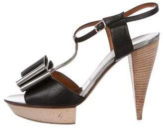 Lanvin Leather Bow-Accented Sandals