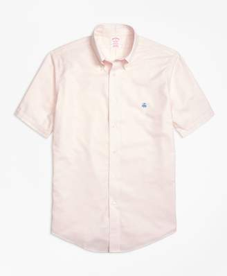 Brooks Brothers Non-Iron Madison Fit Short-Sleeve Oxford Sport Shirt