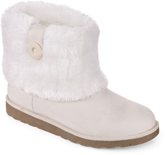 ARIZONA Arizona Impala Faux-Fur Booties $60 thestylecure.com