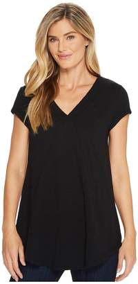 Mod-o-doc Slub Jersey Seamed V-Neck Tee with Shirttail Hem Women's T Shirt