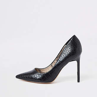 River Island Black croc embossed pumps