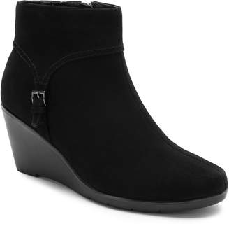 Blondo Lacy Waterproof Wedge Bootie