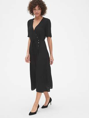fe4cfe4c5b7 Gap Short Sleeve Side-Button Midi Wrap Dress