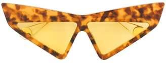 Gucci mask-frame sunglasses
