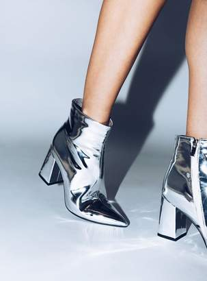 Therapy Silver Alloy Boots