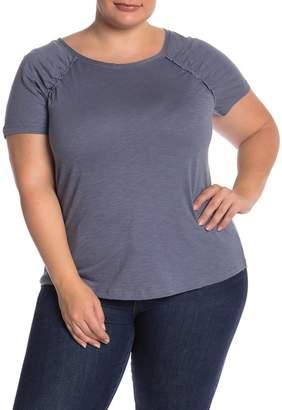 Susina Crew Neck Short Sleeve T-Shirt (Plus Size)