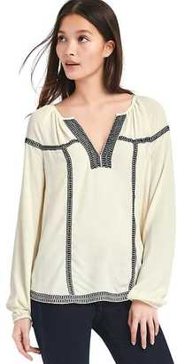 Geo embroidered peasant blouse $59.95 thestylecure.com