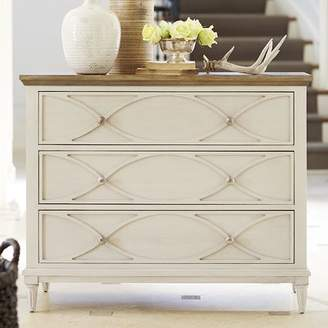 Laurèl Foundry Modern Farmhouse Lowrys 3 Drawer Bachelor's Chest