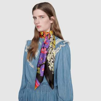 Gucci Degradé flowers print wool shawl