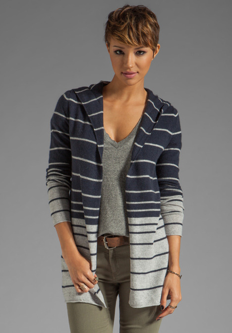 Autumn Cashmere Ombre Featherweight Hoodie in Fog/Navy