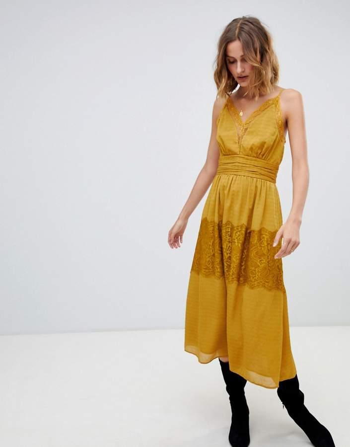 Moon River spaghetti strap lace trim long dress