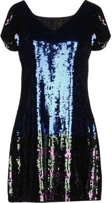 Bea Yuk Mui Short dresses