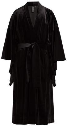 Norma Kamali Exaggerated Sleeve Velvet Robe - Womens - Black
