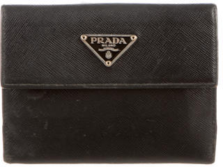 pradaPrada Leather Saffiano Wallet