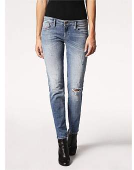 Diesel Gracey Low Rise Super Slim Skinny Jean With Knee Slit