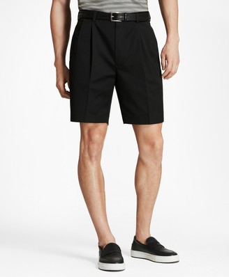 Brooks Brothers Pleat Front Stretch Advantage Chino Shorts