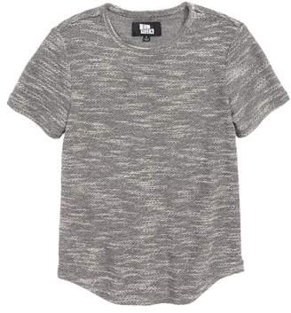 Elwood Curve Hem T-Shirt