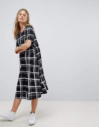 Asos Ultimate Midi Smock Dress In Mono Check Print