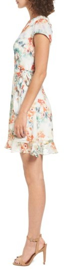Women's Willow & Clay Floral Wrap Dress 4