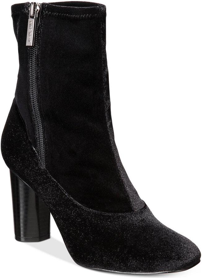 Nine WestNine West Valetta Block-Heel Booties