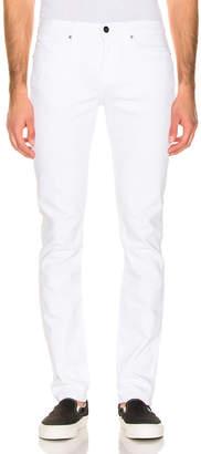 Frame Slim Jeans in White   FWRD