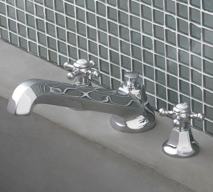 Cole Roman Tub Set