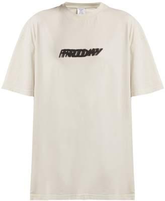 Vetements Friday-print cotton T-shirt