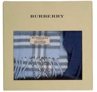 Burberry Lambswool Scarf & Gloves Kit