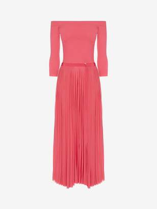 Alexander McQueen Off The Shoulder Midi Plissé Dress
