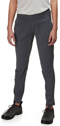 Mountain Hardwear Dynama Ankle Pant - Women's
