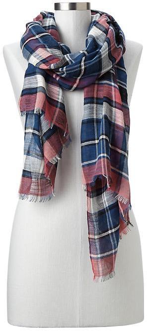 Gap Plaid scarf
