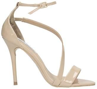 Steve Madden Sasha Beige Patent Leather Sandals