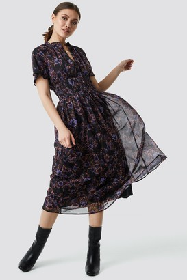 Na Kd Boho Shirred Detail Flowy Chiffon Dress Blue Carnesbill