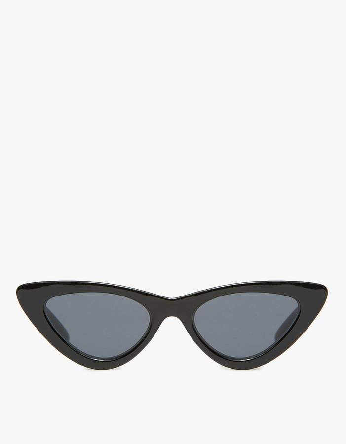 Adam Selman X Le Specs The Last Lolita Sunglasses in Black/Smoke Mono