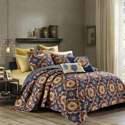 Elise 9-Piece Reversible Queen Quilt Set in Navy/Red